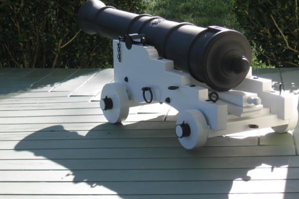 White_pirate_cannon_replica_600x400