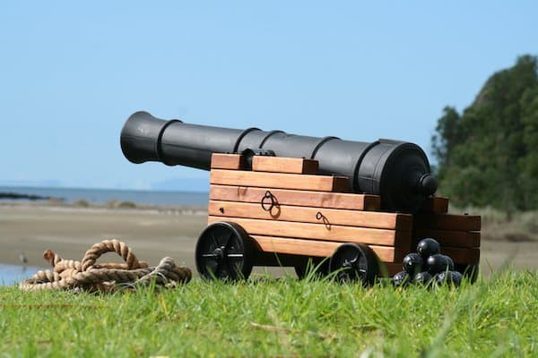How To Make Your Own Amazing Full Size Pirate Cannon